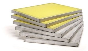 23 x 31 Aluminum Frames with Mesh (White or Yellow Mix and Match in lots of 12 frames) >> ON SALE <<